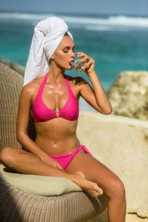Nori-Neckholder-Bikini-Set-Strukturstoff-Farbe-Pink-Tropical-Bikini-Paradise-Southcoast-Swimwear-Bali-Triangle-Tie-knotted-Pant-Italian-Fabric