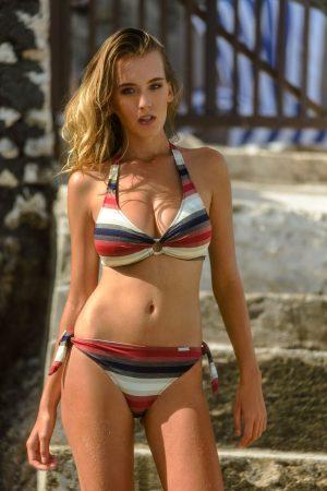 Nori-Neckholder-Bikini-Set-Streifen-Rot-Farbe-Lurex-Metallic-Red-Stripes-Bikini-Paradise-Southcoast-Swimwear-Bali-Triangle-Tie-knotted-Pant