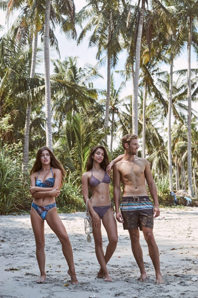 Riri-Black-jungle-Tropical-Leafs-Tropischen-Prints-Bikini-Set-Bandeau-cup-Push-up-Abnehmbare-Traeger-Southcoast-Swimwear-Bali-Paradise-Palm-Trees-Campaign-Modern-Retro-Swimwear