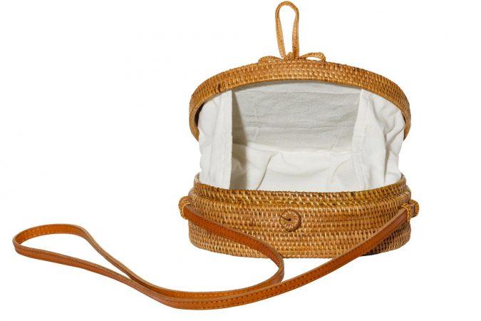 Ubud-Rattan-bag-Rattantasche-Bali-open