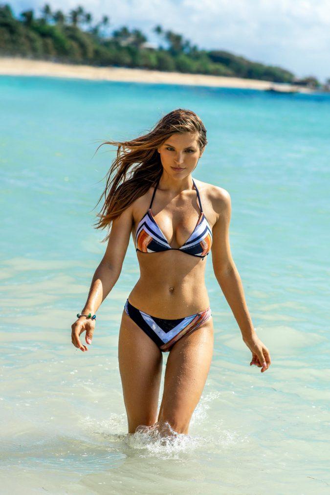 Zahara-Triangle-Push-up-cup-Bikini-Spaghetti-Traeger-Stripes-Streifen-Bikini-Color-Blue-Blau-Solid-Farbe-Tropical-Paradise-Southcoast-Swimwear-Bali