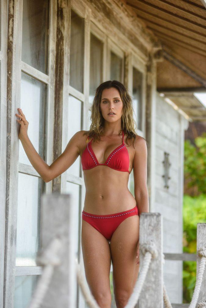 Triangle-Push-Up-Cup-Bikini-Set-Solid-Rot-Farbe-Lurex-Metallic-Red-Stripes-Bikini-Paradise-Southcoast-Swimwear-Bali-Basic-Pant